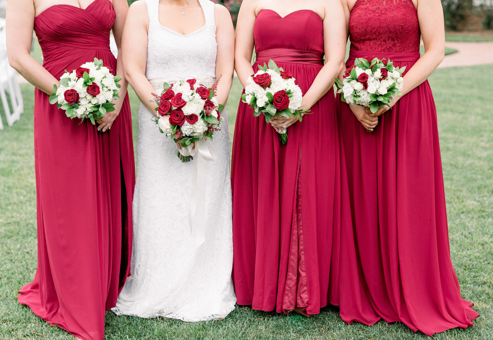 charlotte-nc-wedding-photographer-alexander-homestead-wedding-meagen-kelly-dress-bridesmaids