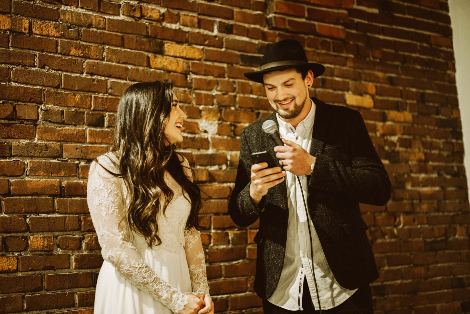 athena-and-camron-seattle-wedding-narrative-cafe-rustic-venue-benj-haisch46