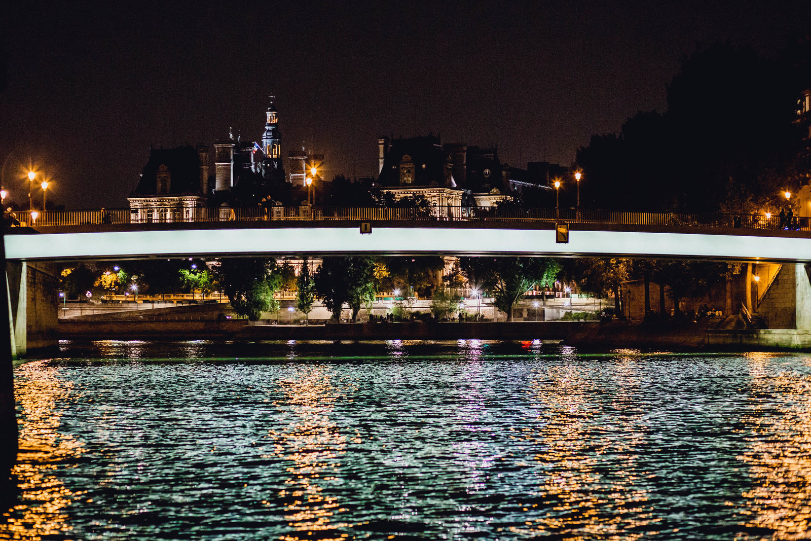 pont-saint-louis-night-paris-france-travel-destination-wedding-kate-timbers-photography-1840