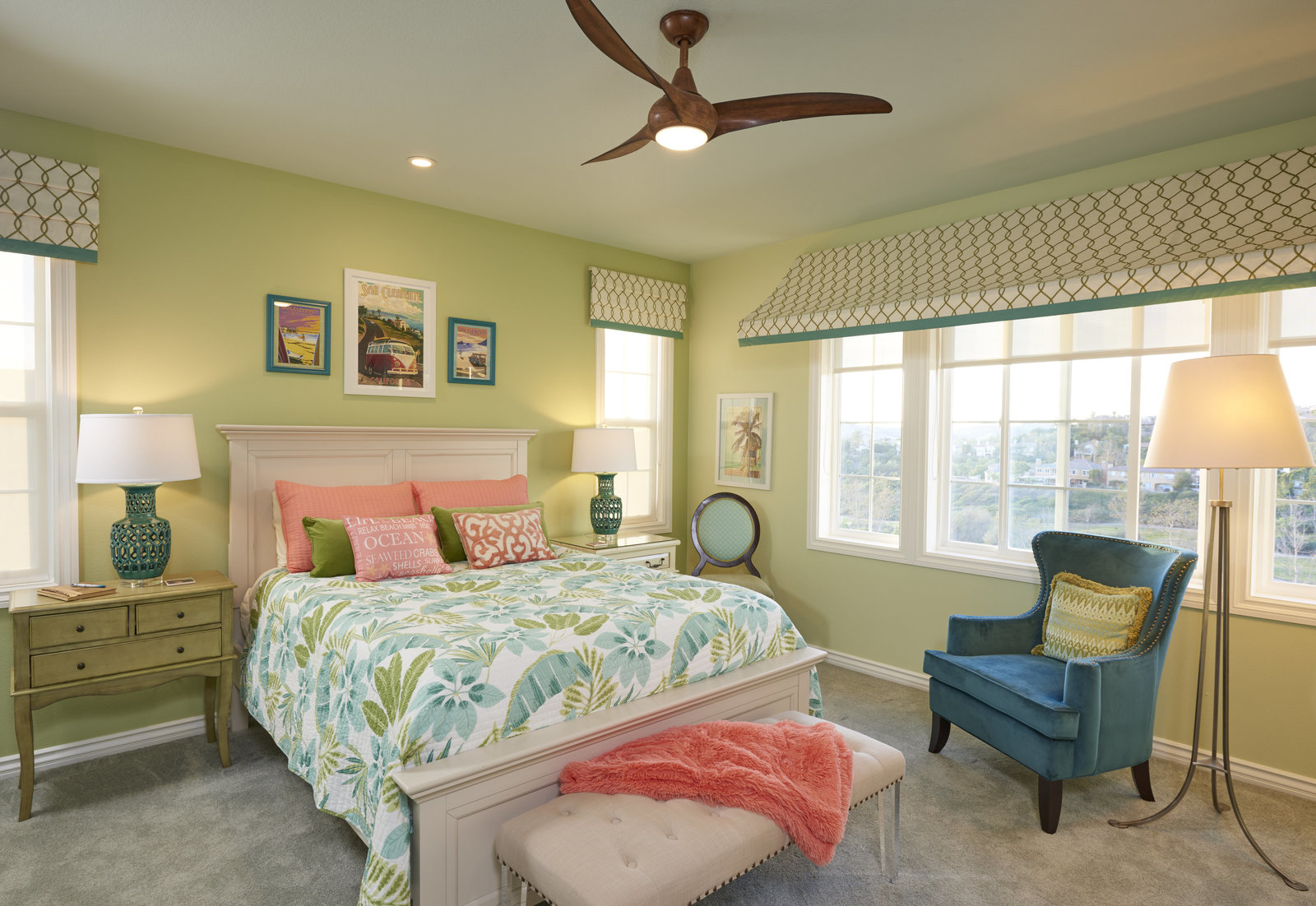 Beachy Coral and Teal Guest Suite Design