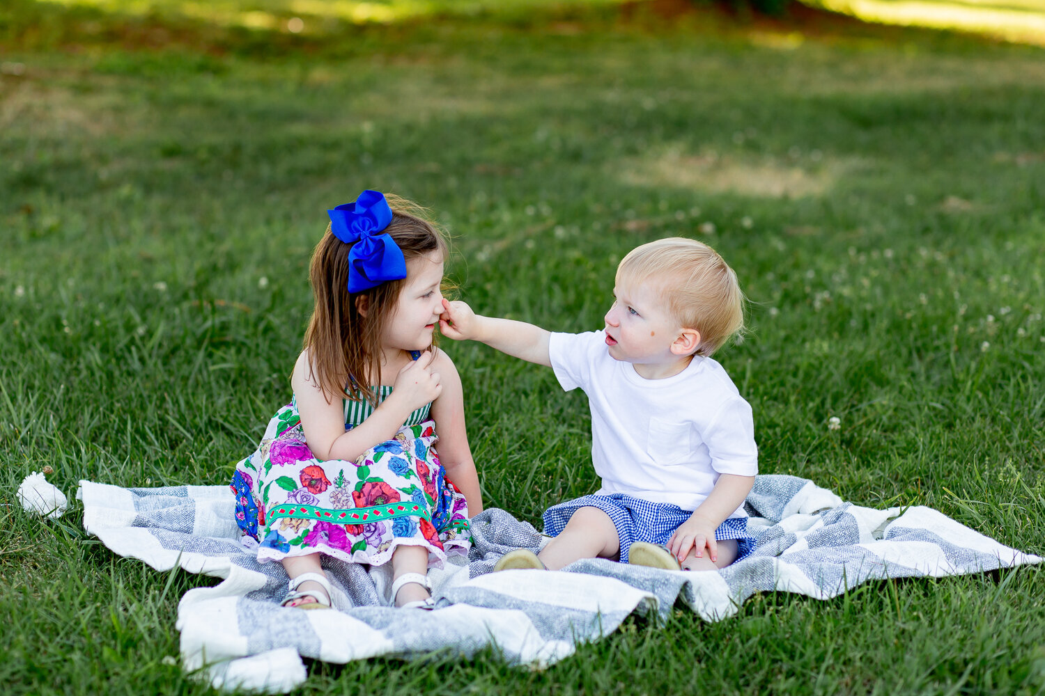 Outdoor-Children's-Photography-Session-Frankfort-KY-Photographer-12