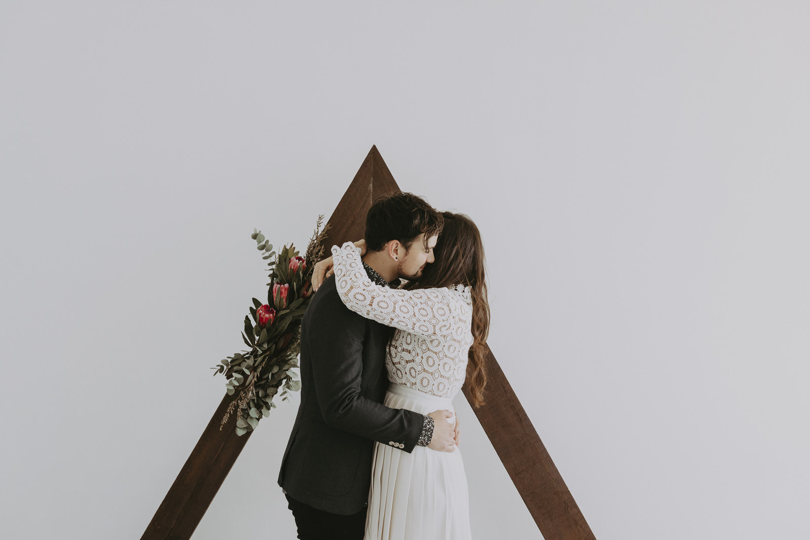 athena-and-camron-sydney-wedding-boho-romance-james-simmons-photography-christian-couple-goals17