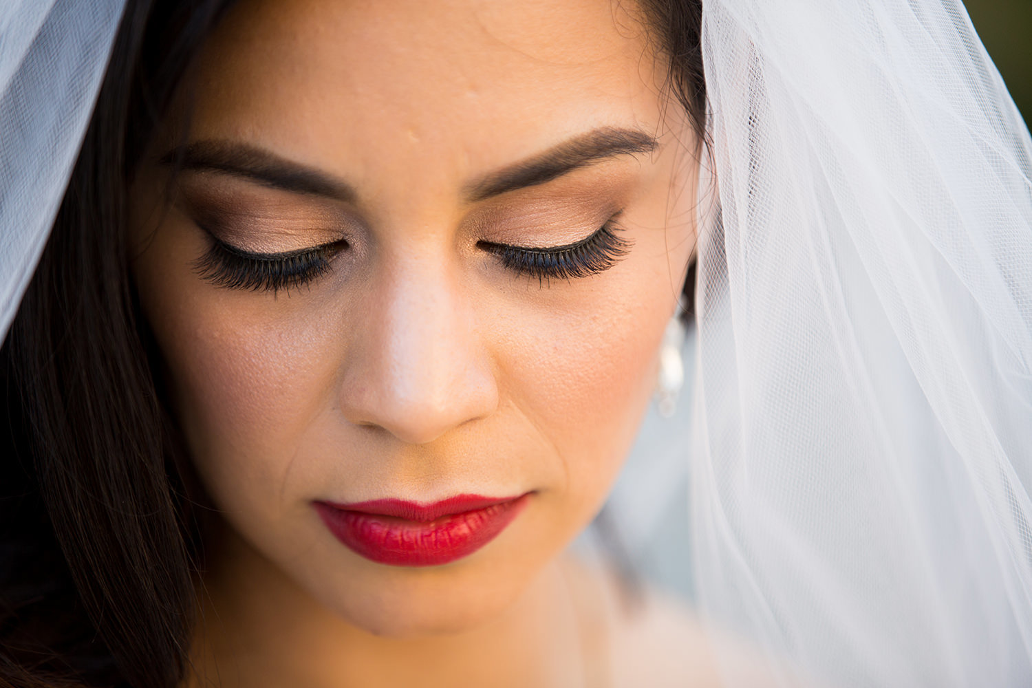 bride closeup beautiful makeup