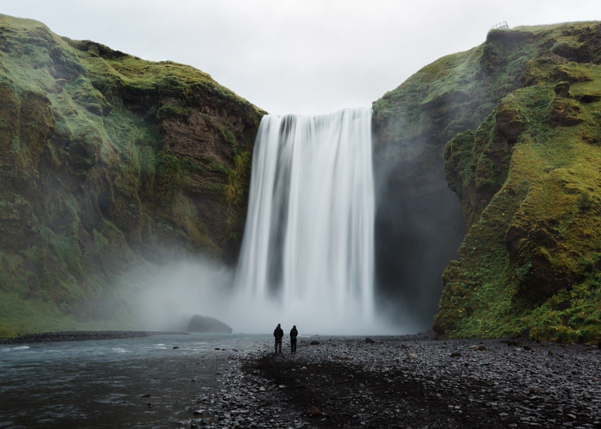 iceland-destination-wedding-photographer-cameron-zegers-skogafoss