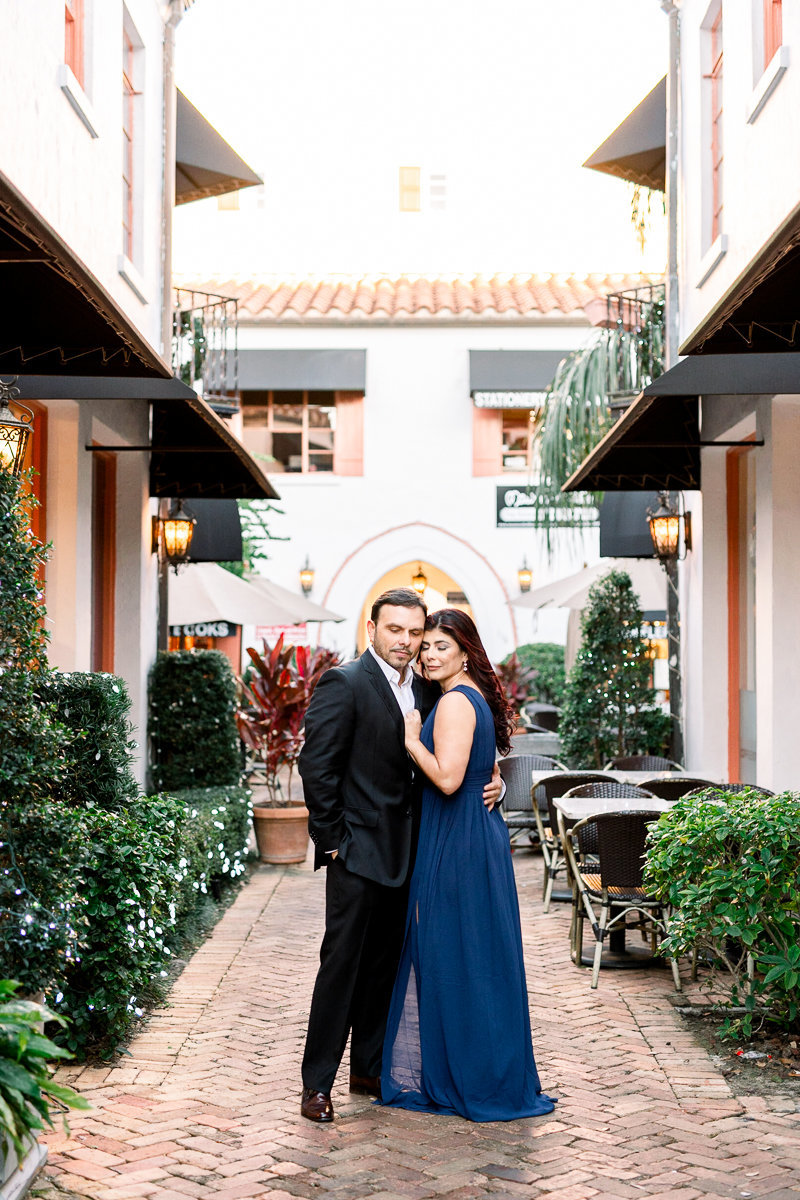 Winter Park Engagement Photographer | Winter Park Wedding Photographer | Downtown Winter Park Engagement-11