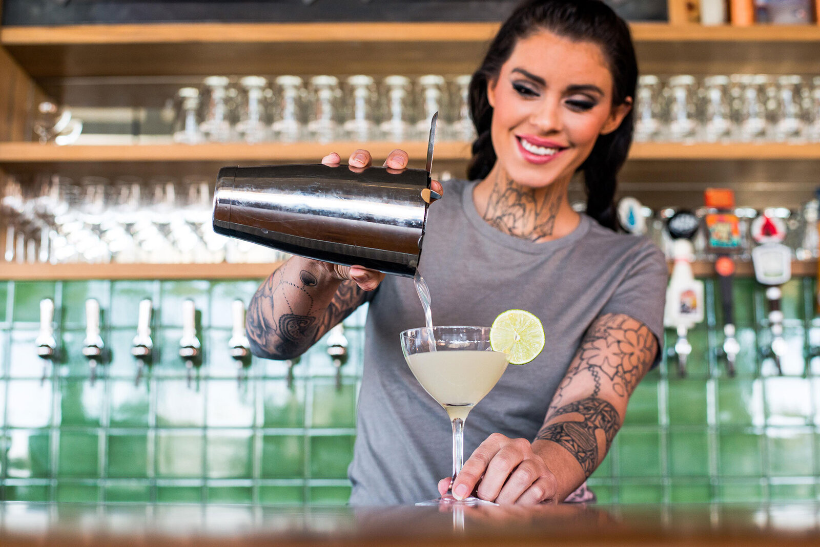 Female-Bartender-Pouring-Margarita-Martini-Longmont-Food-and-Drink-Photography-Kitchen-Next-Door