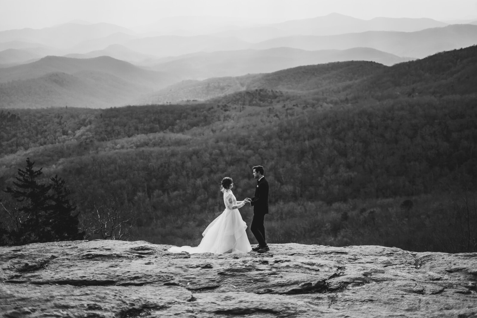 Haley + Josiah Boone Elopement66MercyPhotography