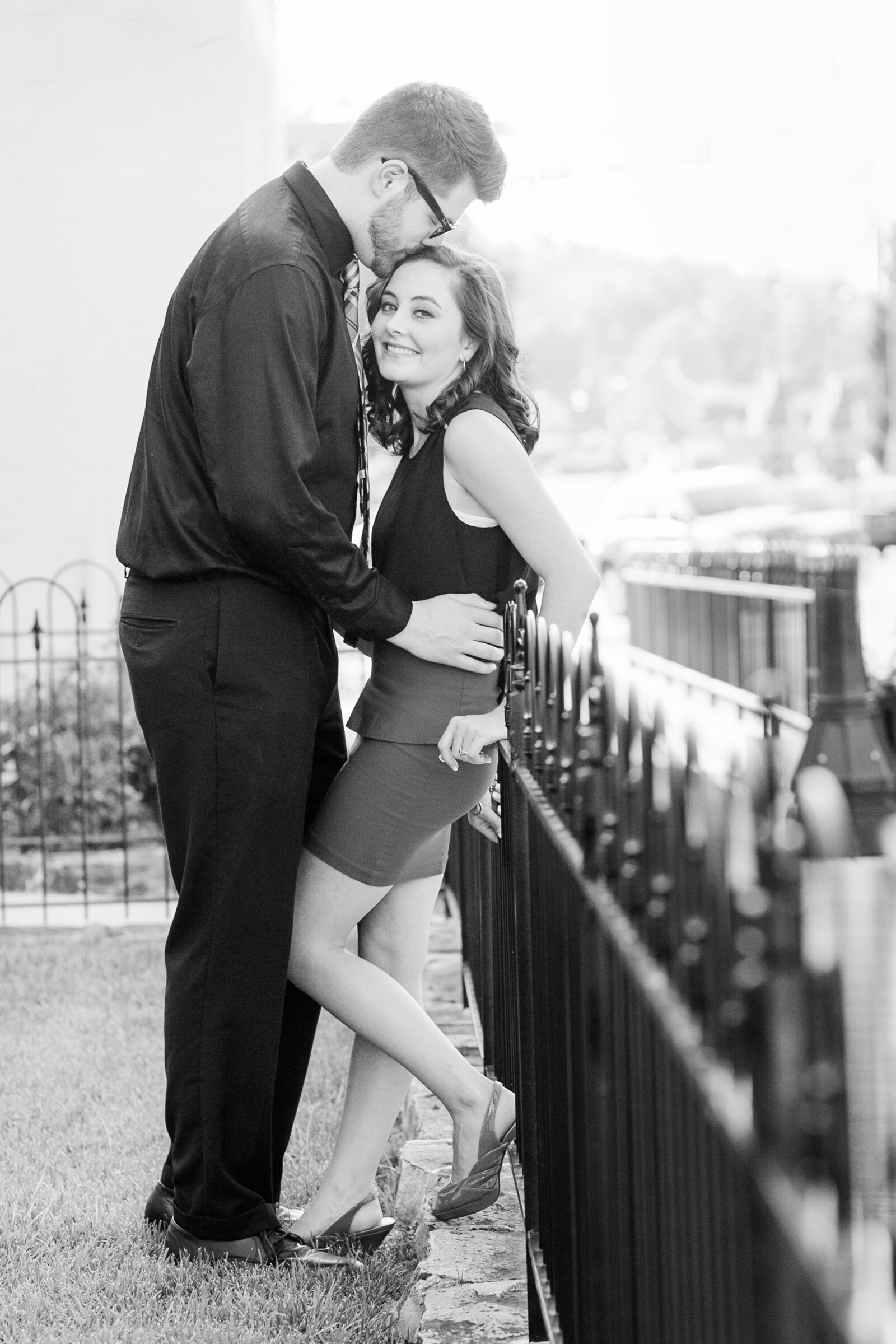 classic-colonial-williamsburg-virginia-engagement-photos283