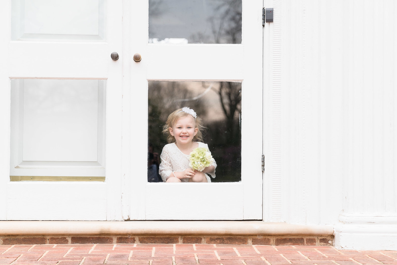 charlotte wedding photographer shot of flower girl