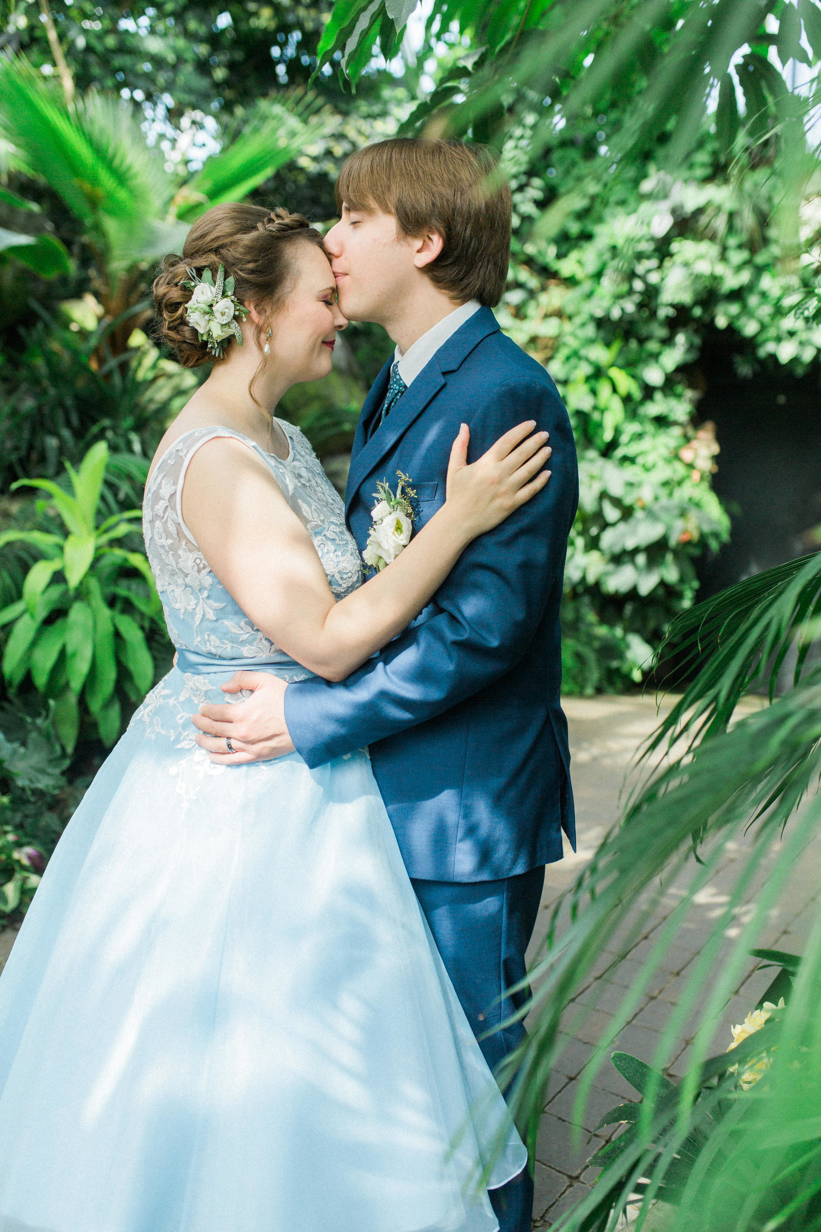 Muttart Conservatory Wedding - Edmonton Wedding Photographer1