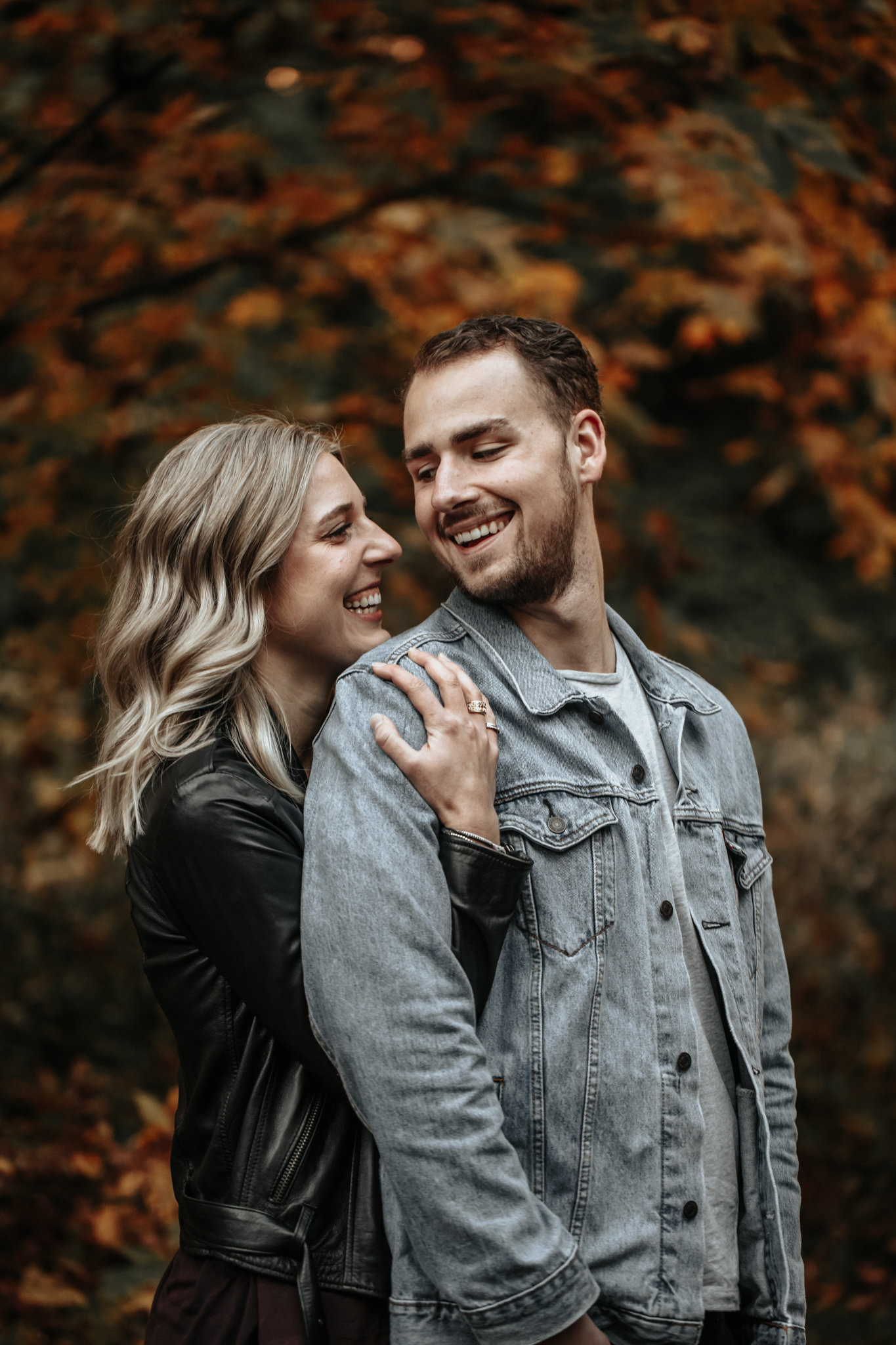 couples-engagement-campbell-valley
