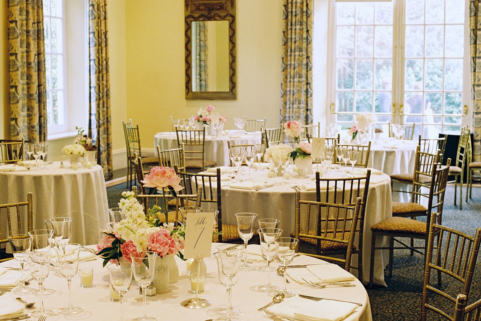 spring_wadsworth_mansion_sperry_tent_wedding_0040