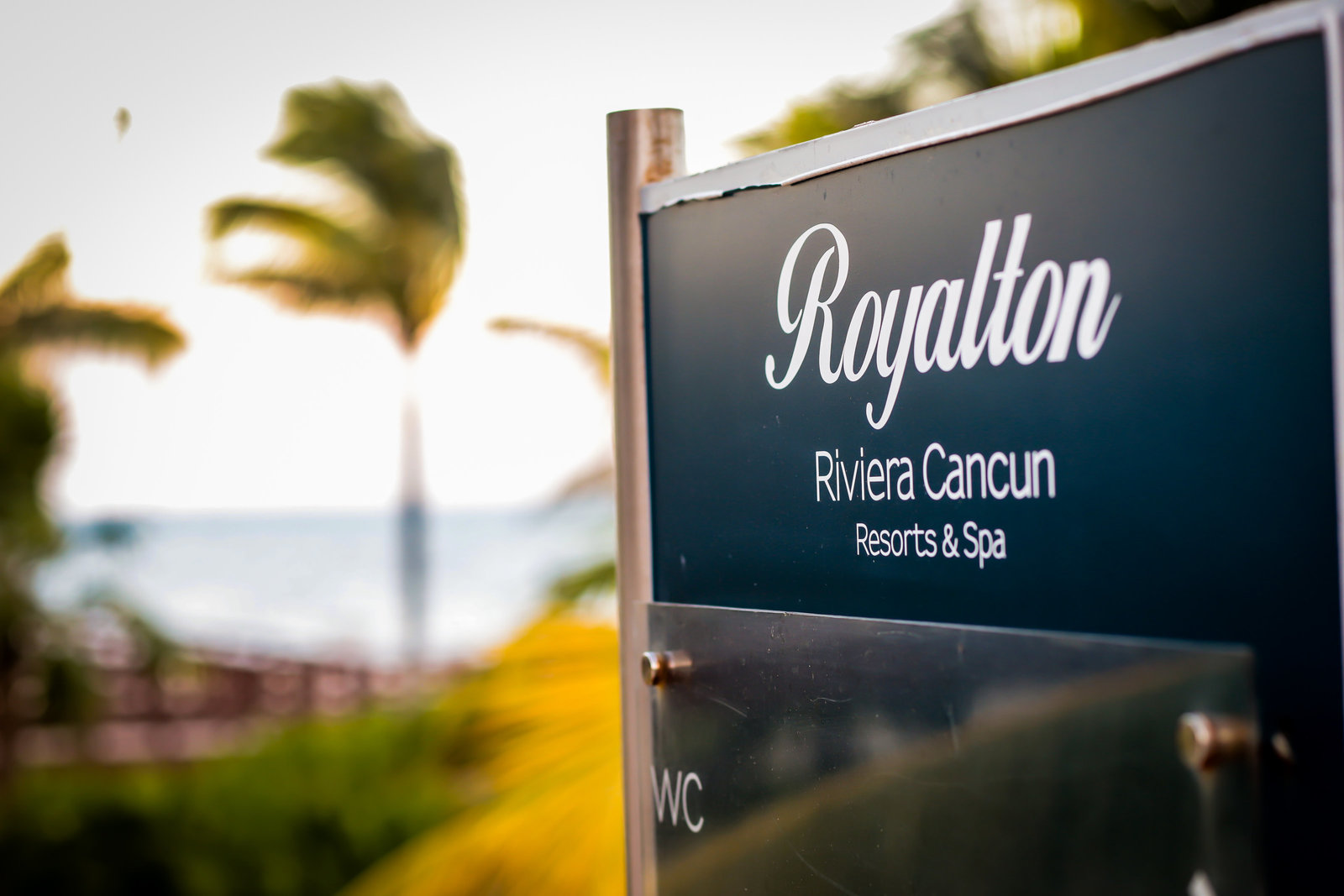 Royalton-rivera-cancun-wedding-405-brides-photographer