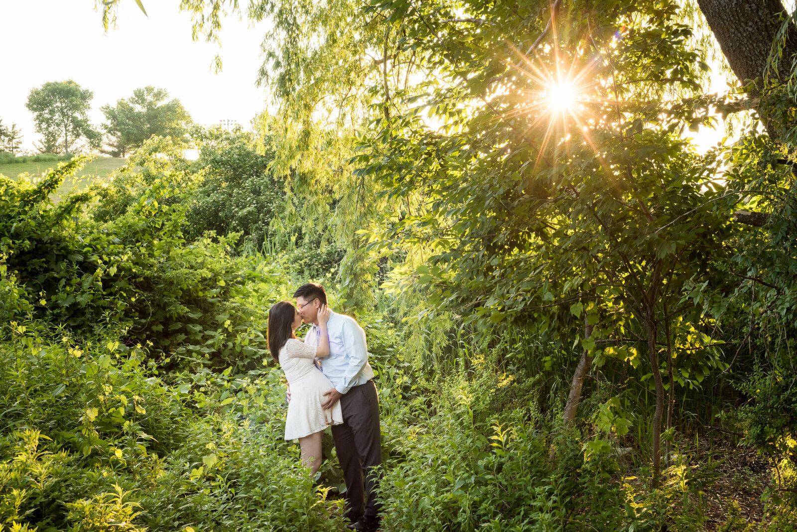 park in Cambridge, MA maternity session at sunset
