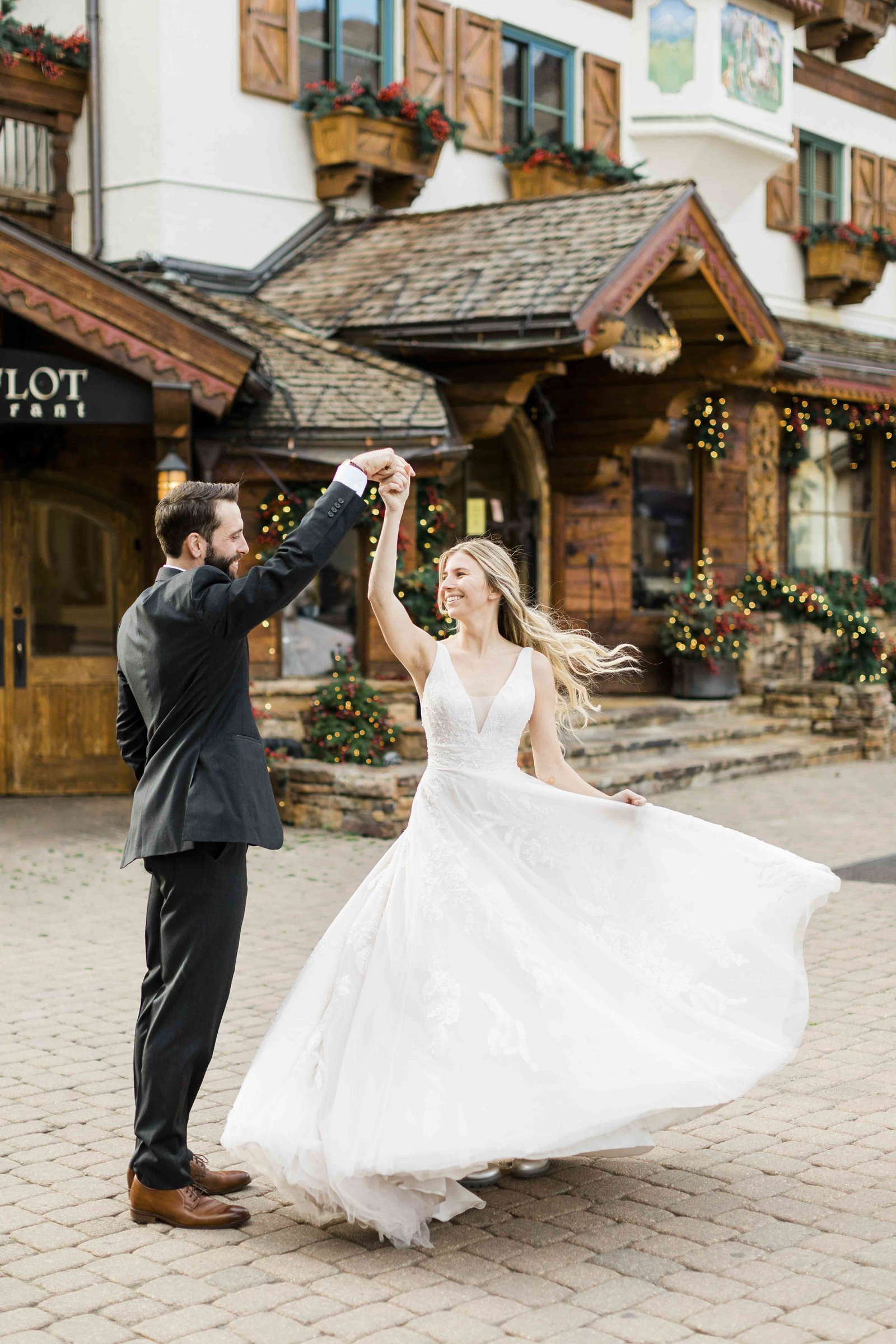 vail-wedding-in-town