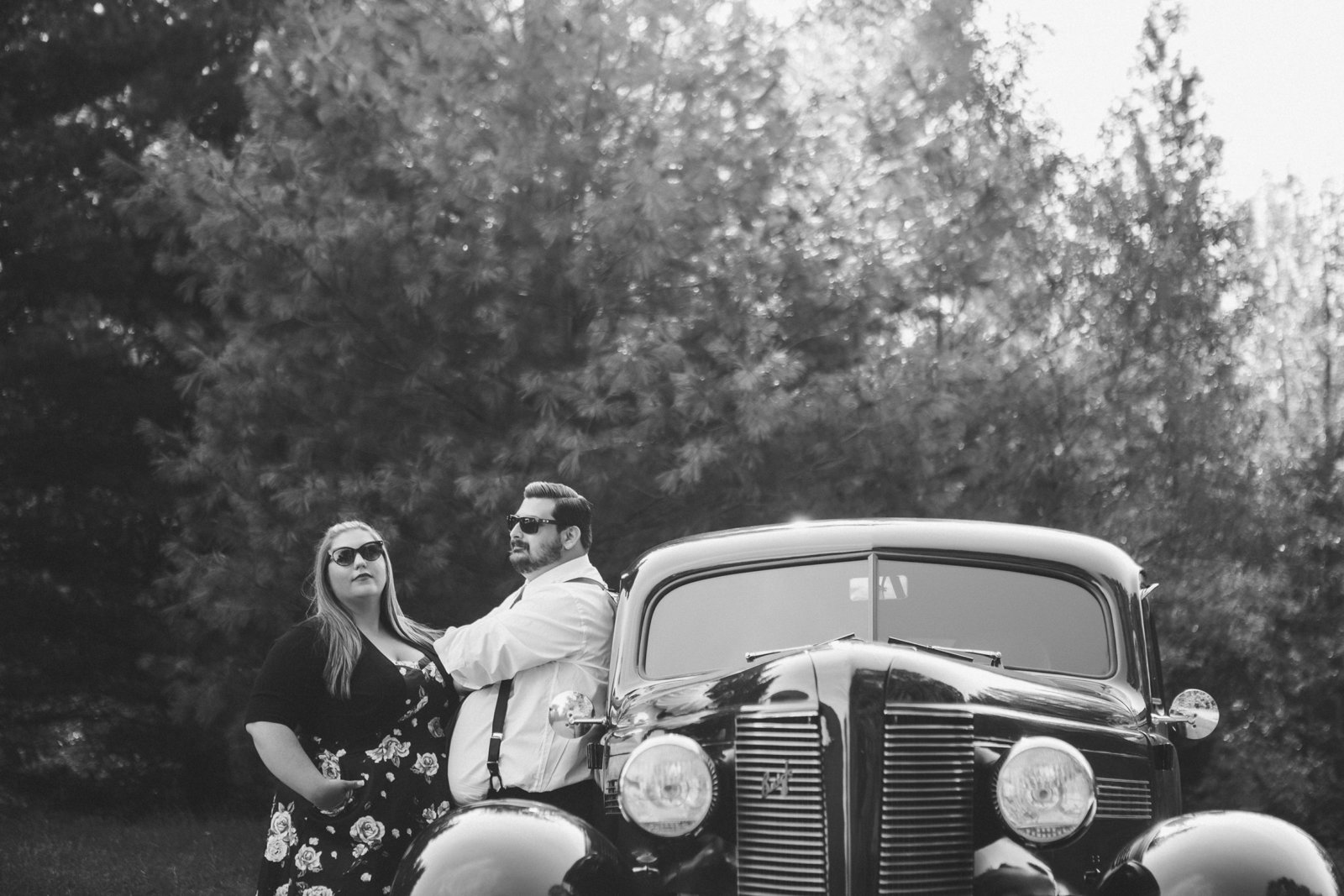 Retro_Pinup_Car_engagement_session_Nj006