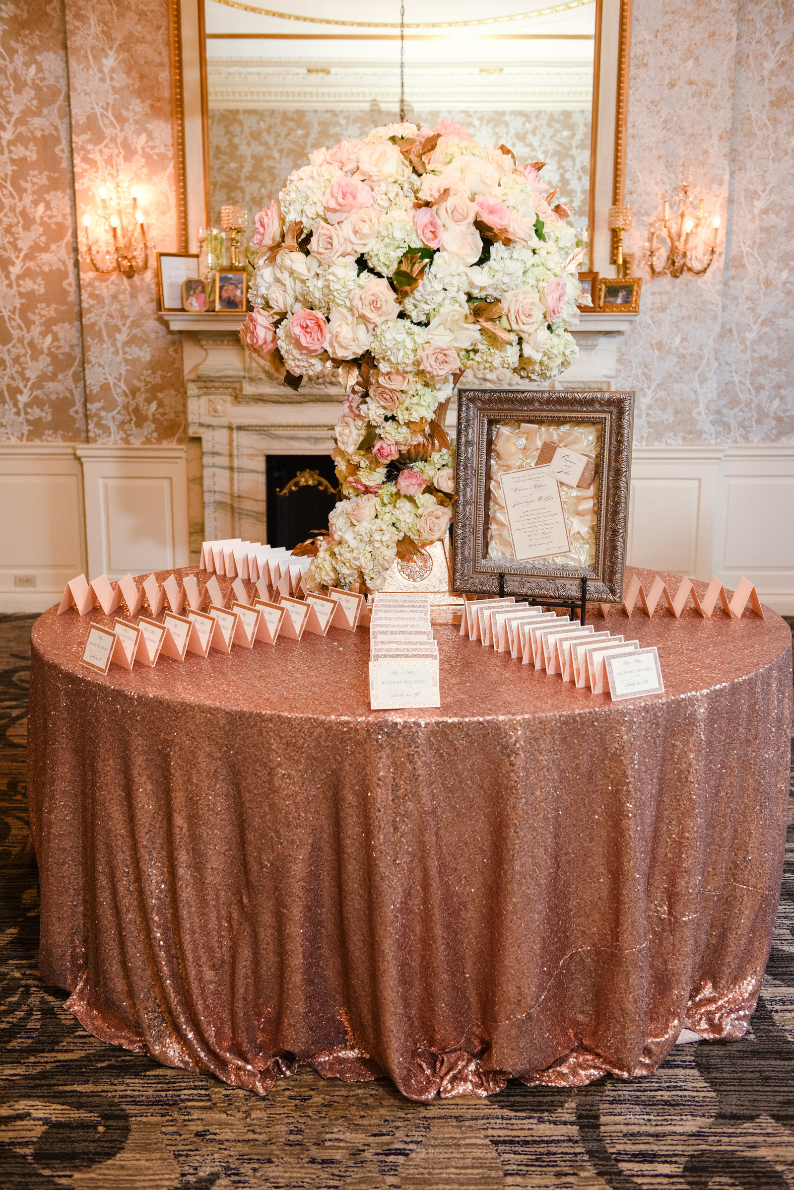 Place card table at Glen Cove Mansion