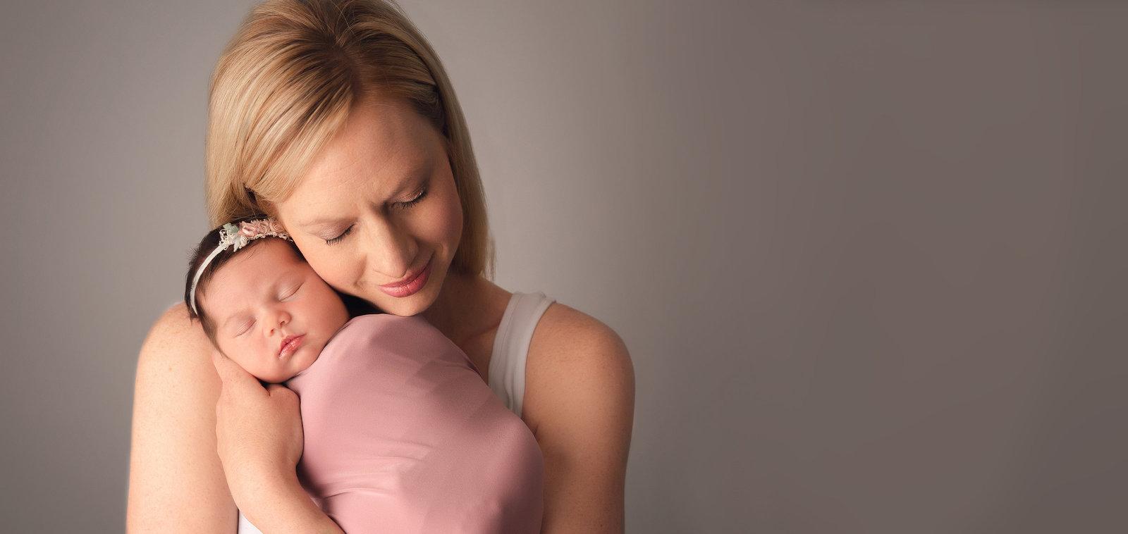f83977628 Denver Newborn and Maternity Photographer