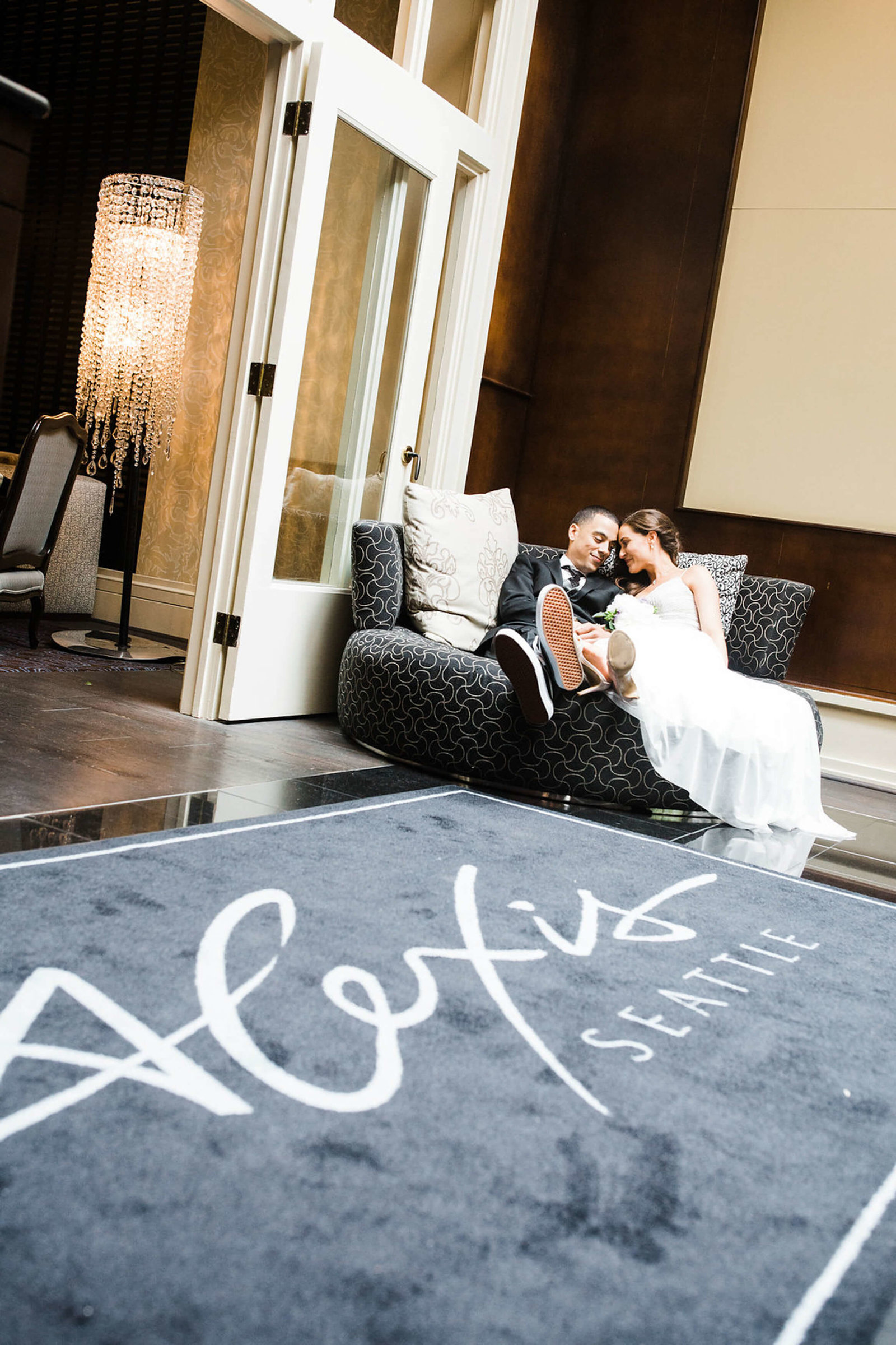 Highlights_Rebecca+Mike_Alexis_Hotel_seattle_elopement_APW63