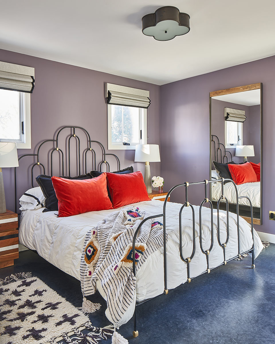 Guest bedroom  by Shannon Connor Interior Design
