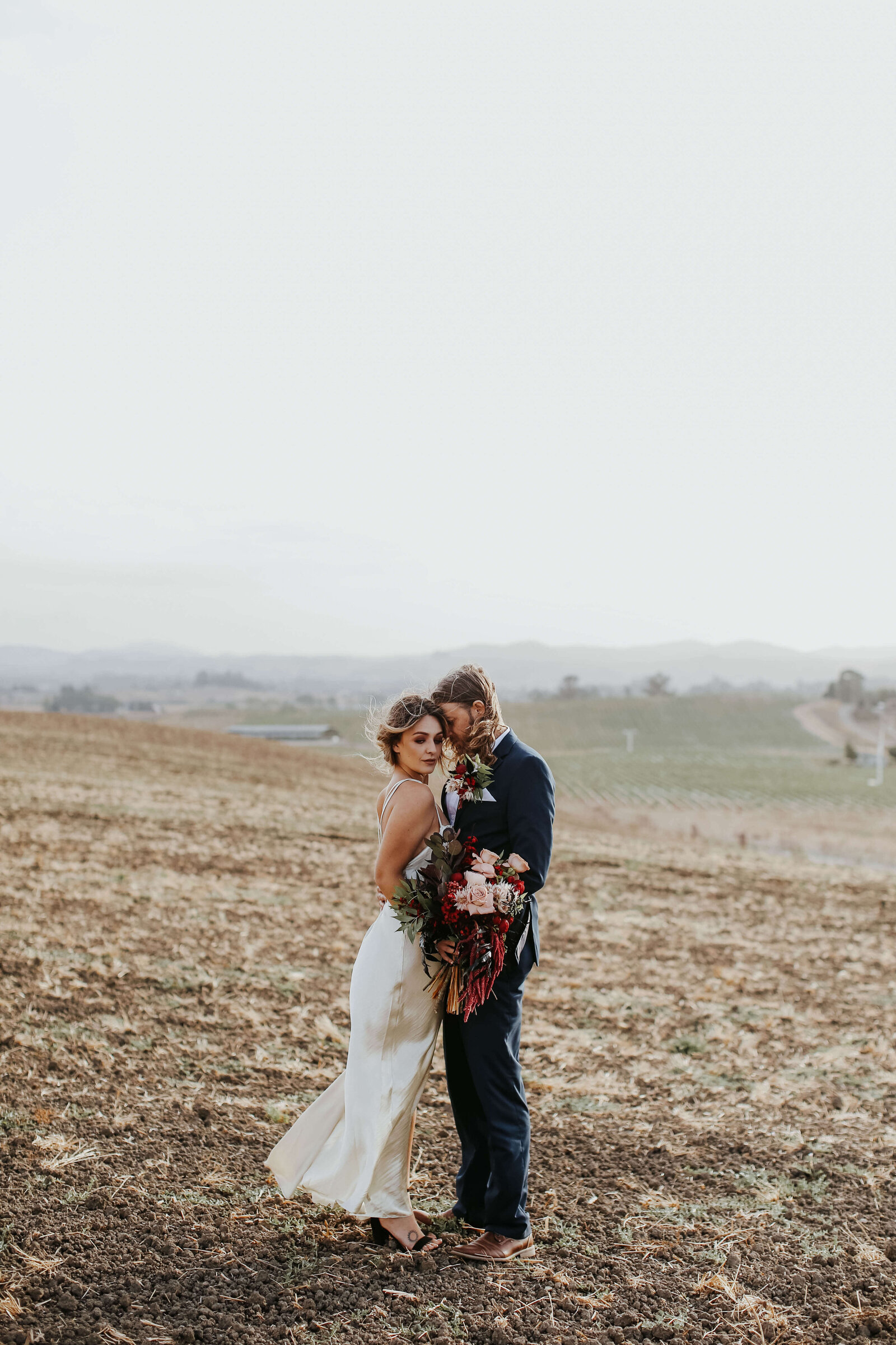 Penngrove-california-elopement-modern-bohemian-sonoma-county-elopement-events-by-gianna-somona-wedding-planner-8