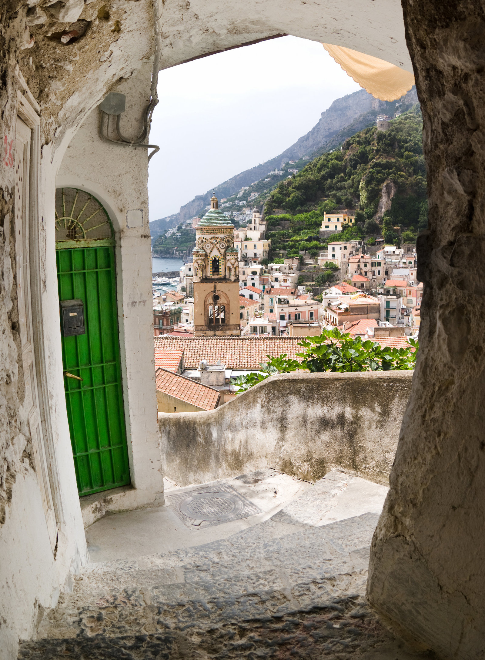 arch on view of village and bell tower Amalfi (1)