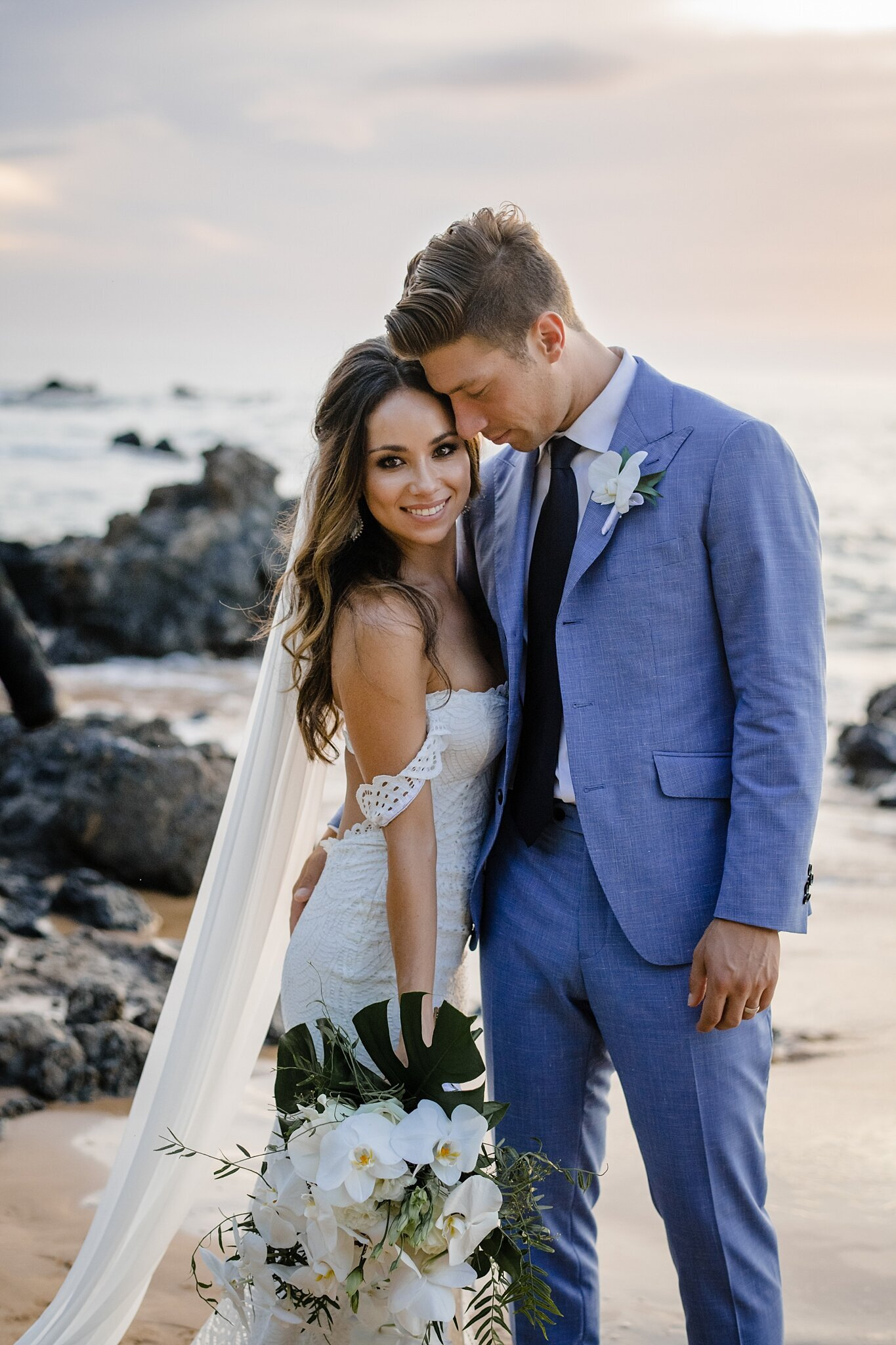 beautiful pacific wedding couple