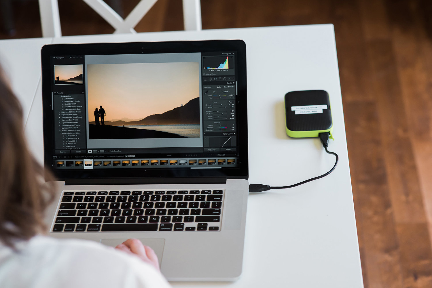 branding photographer showing workspace