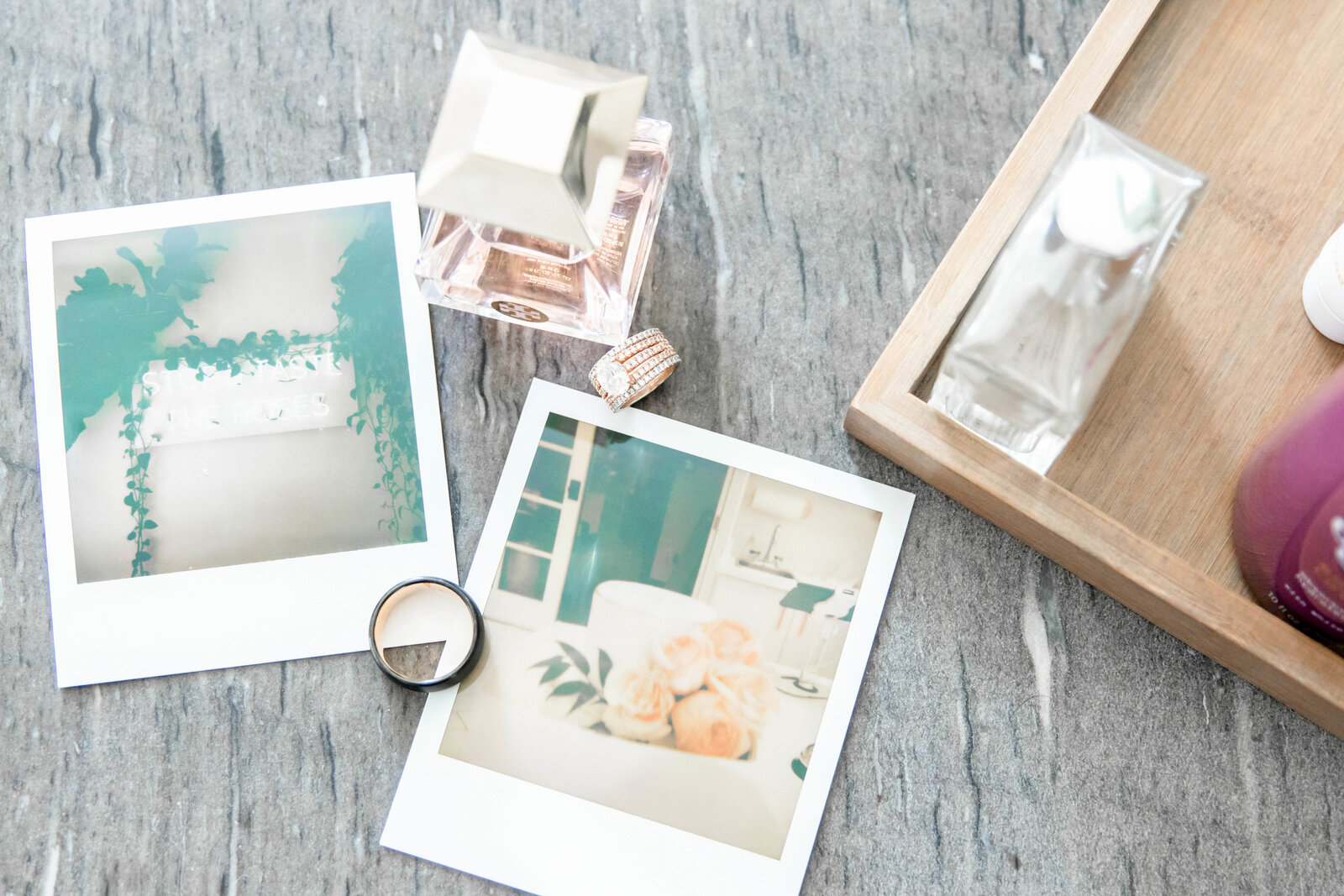 polaroid-with-wedding-rings