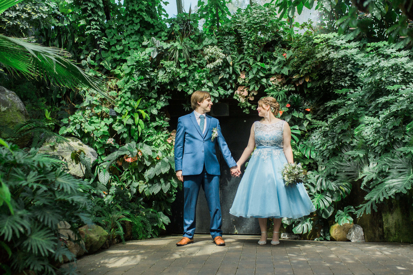 Muttart Conservatory Wedding - Edmonton Wedding Photographer3