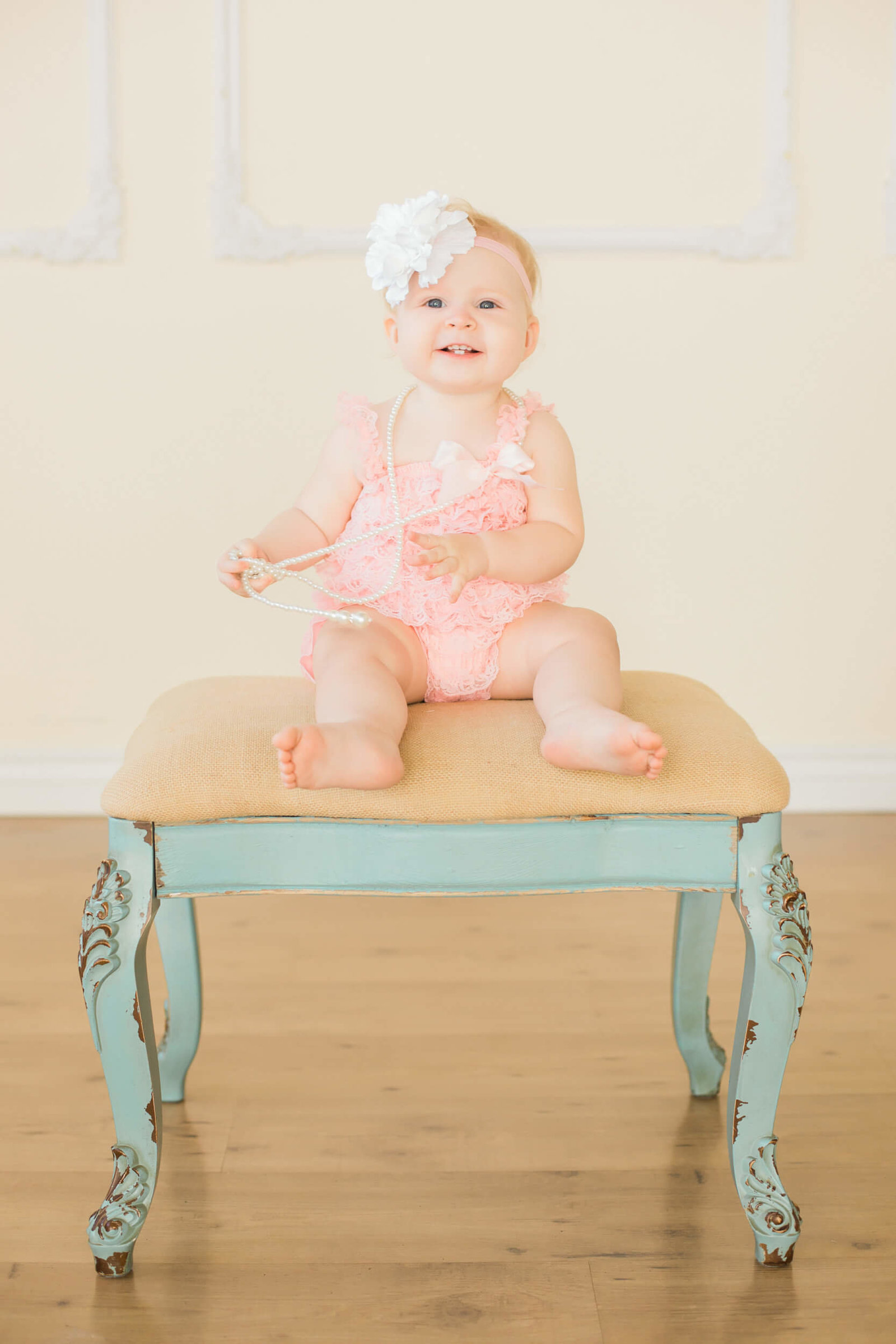 scottsdale baby girl six month photography