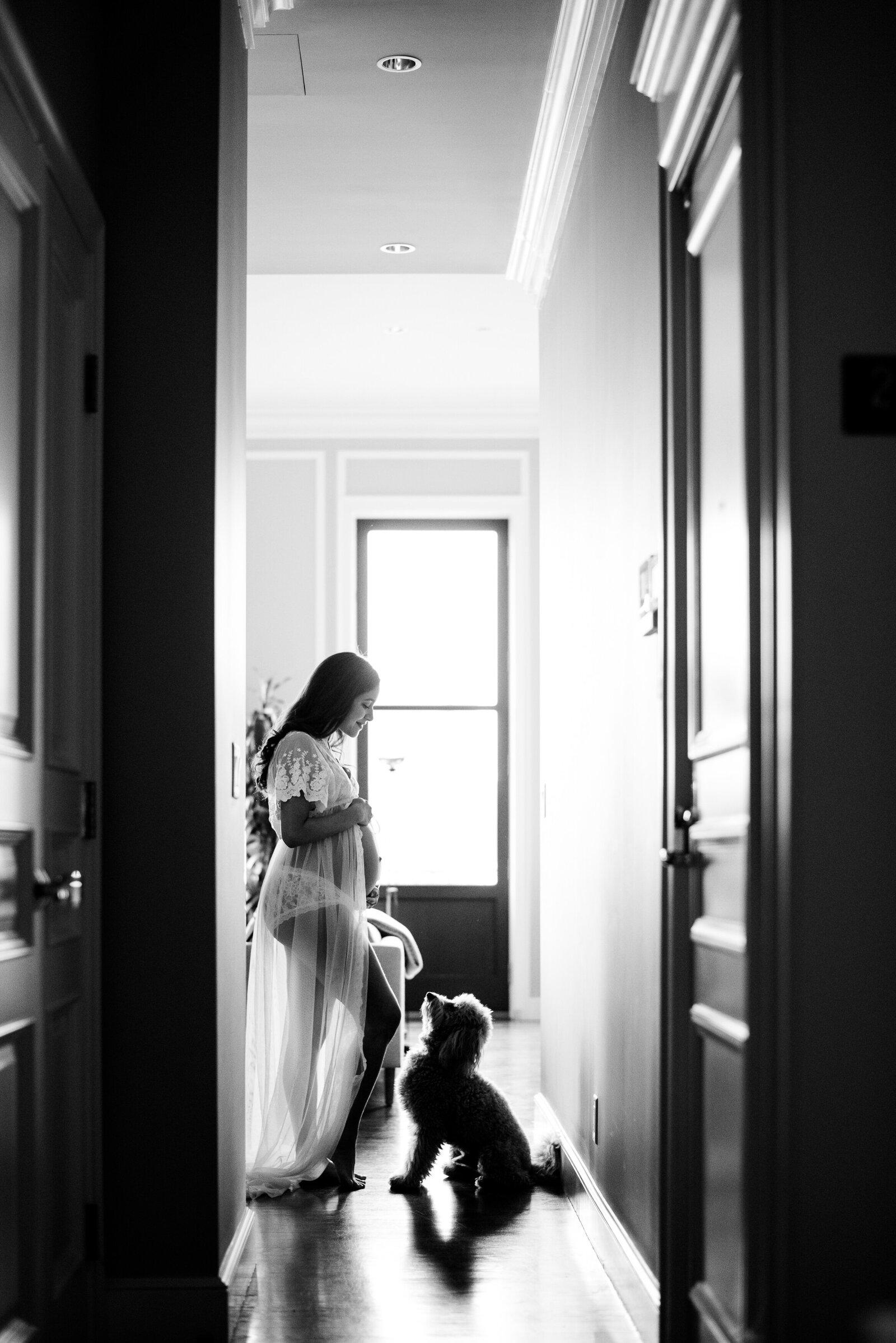 lingerie maternity session at home