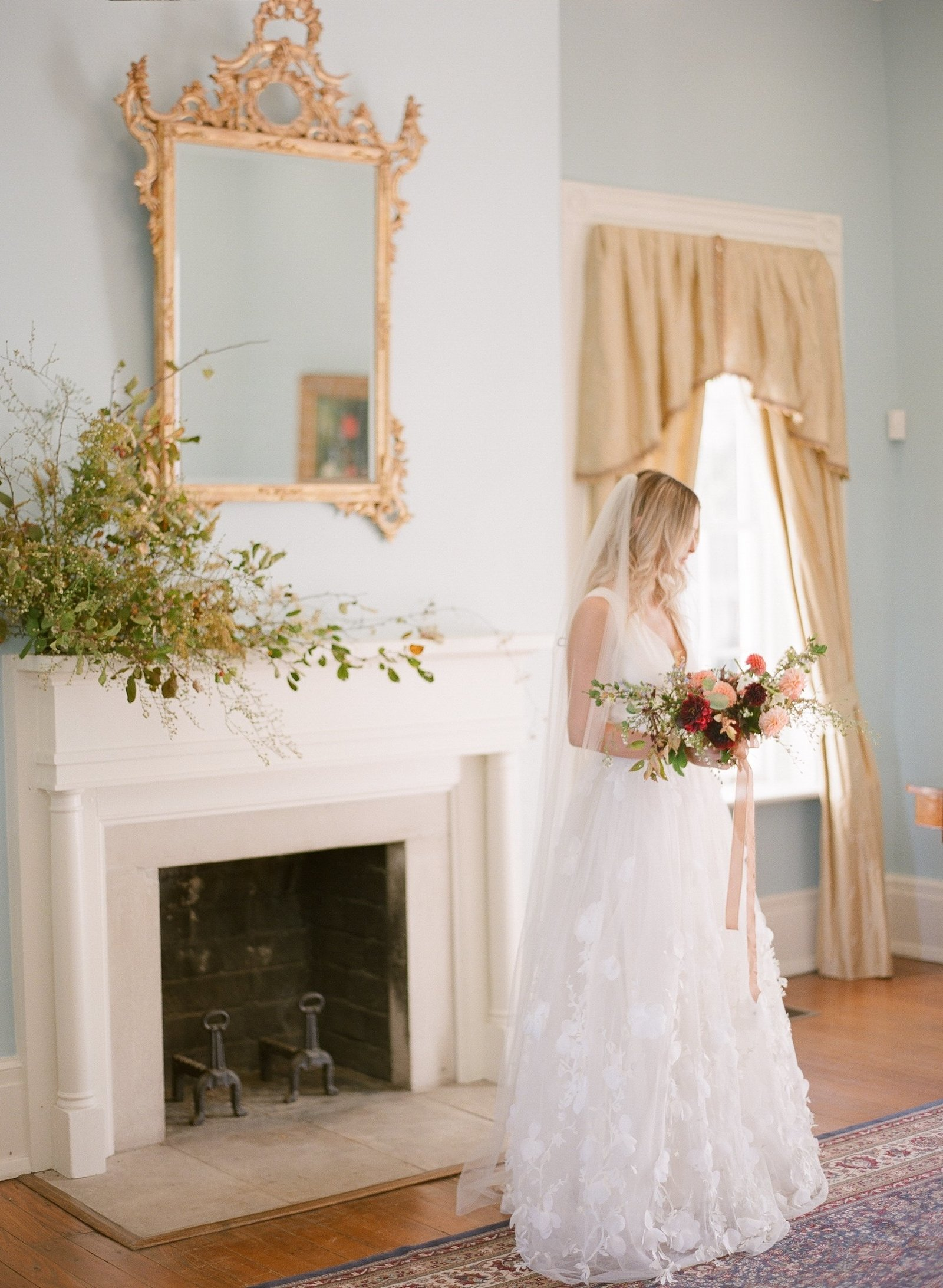 bride indoors gradient and hue kelly hornberger photography