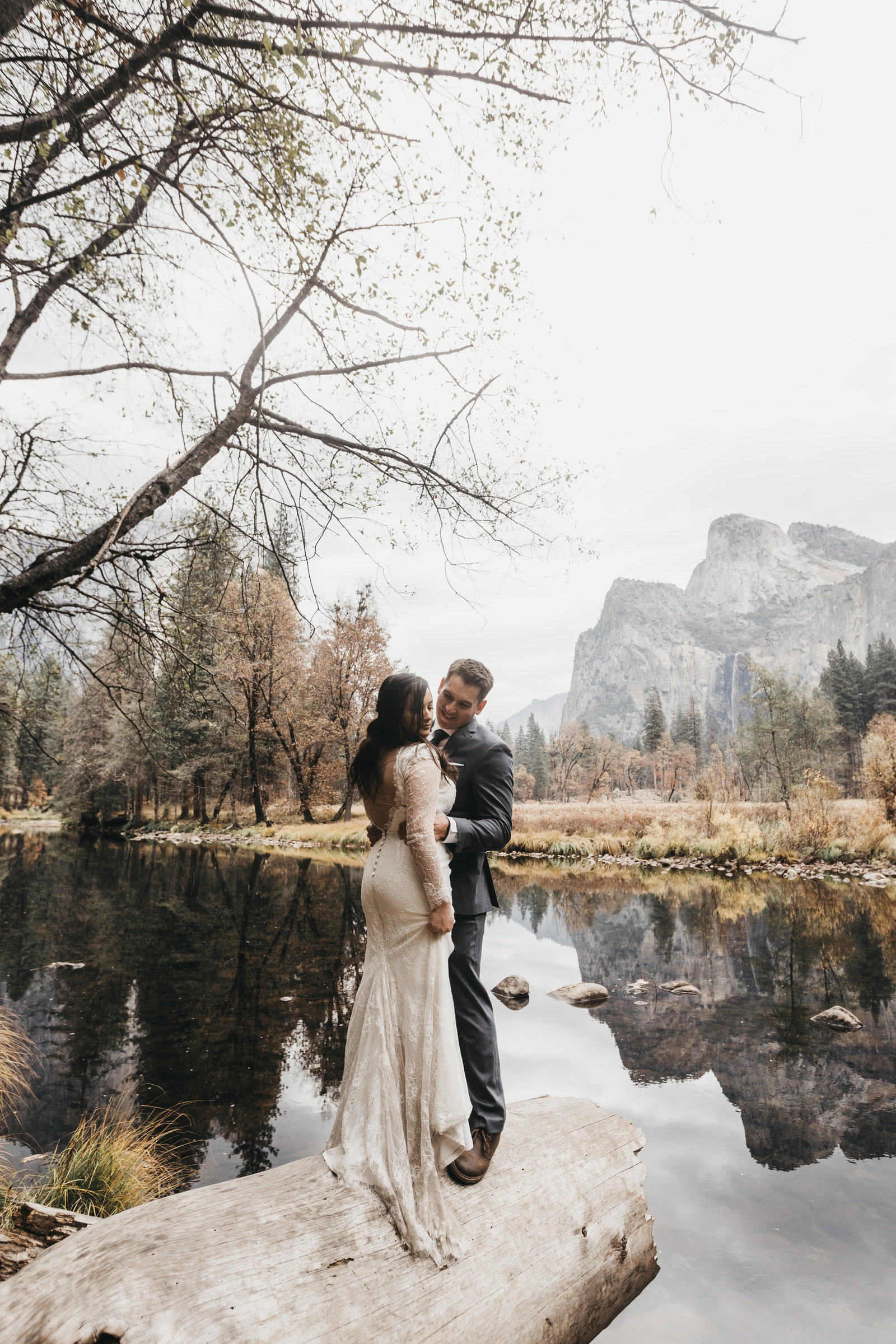 athena-and-camron-yosemite-elopement-wedding-photographer-elegent-valley-wedding36