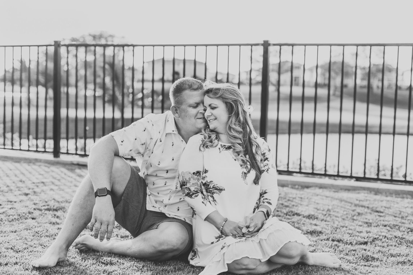 Oahu, Hawaii Lifestyle Photographer - Lifestyle Photography - Brooke Flanagan Photography - Couple in black and white