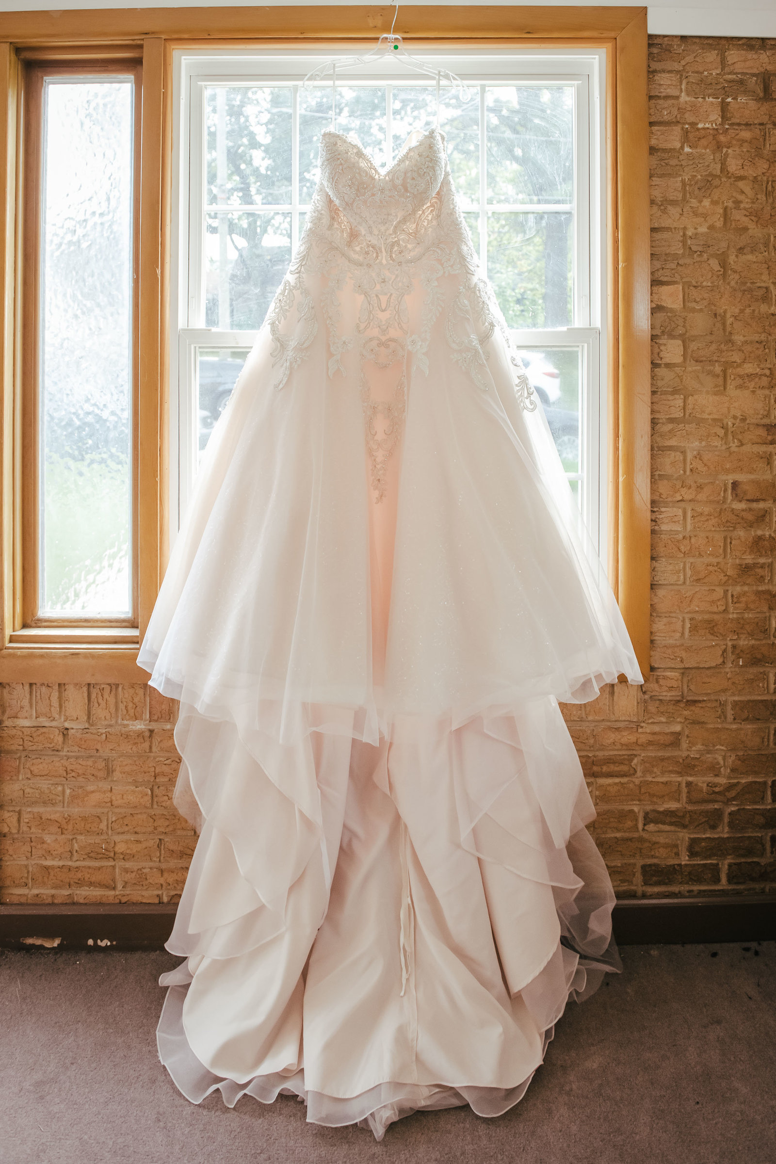 wedding-elgin-bride-dress