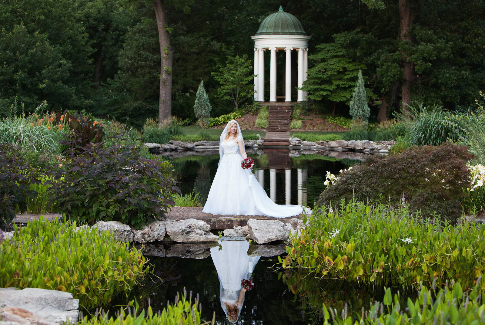 philbrook-tulsa-bridal-session