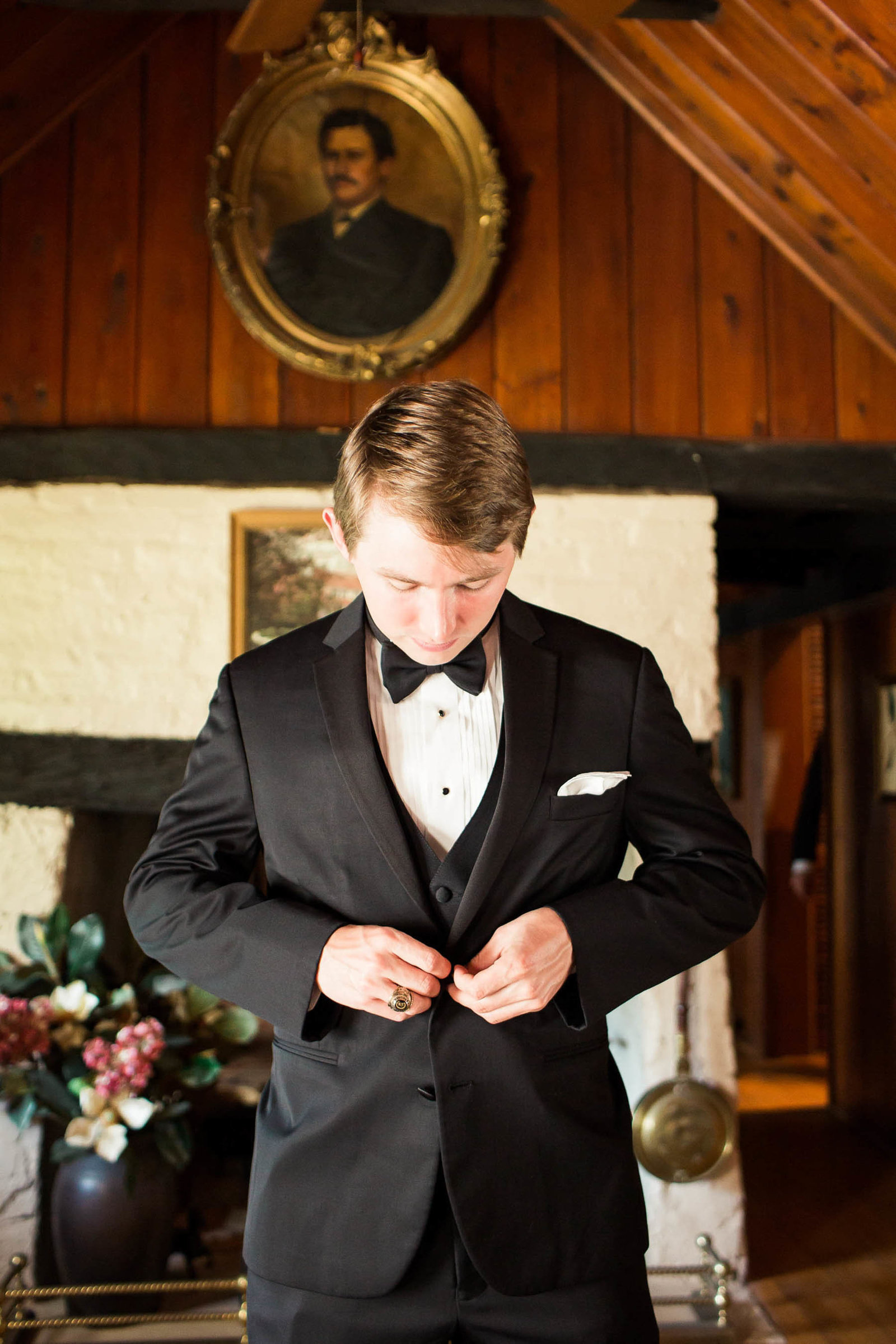 Groomsmen get ready in family cabin, Oakland Plantation, Mt Pleasant, South Carolina