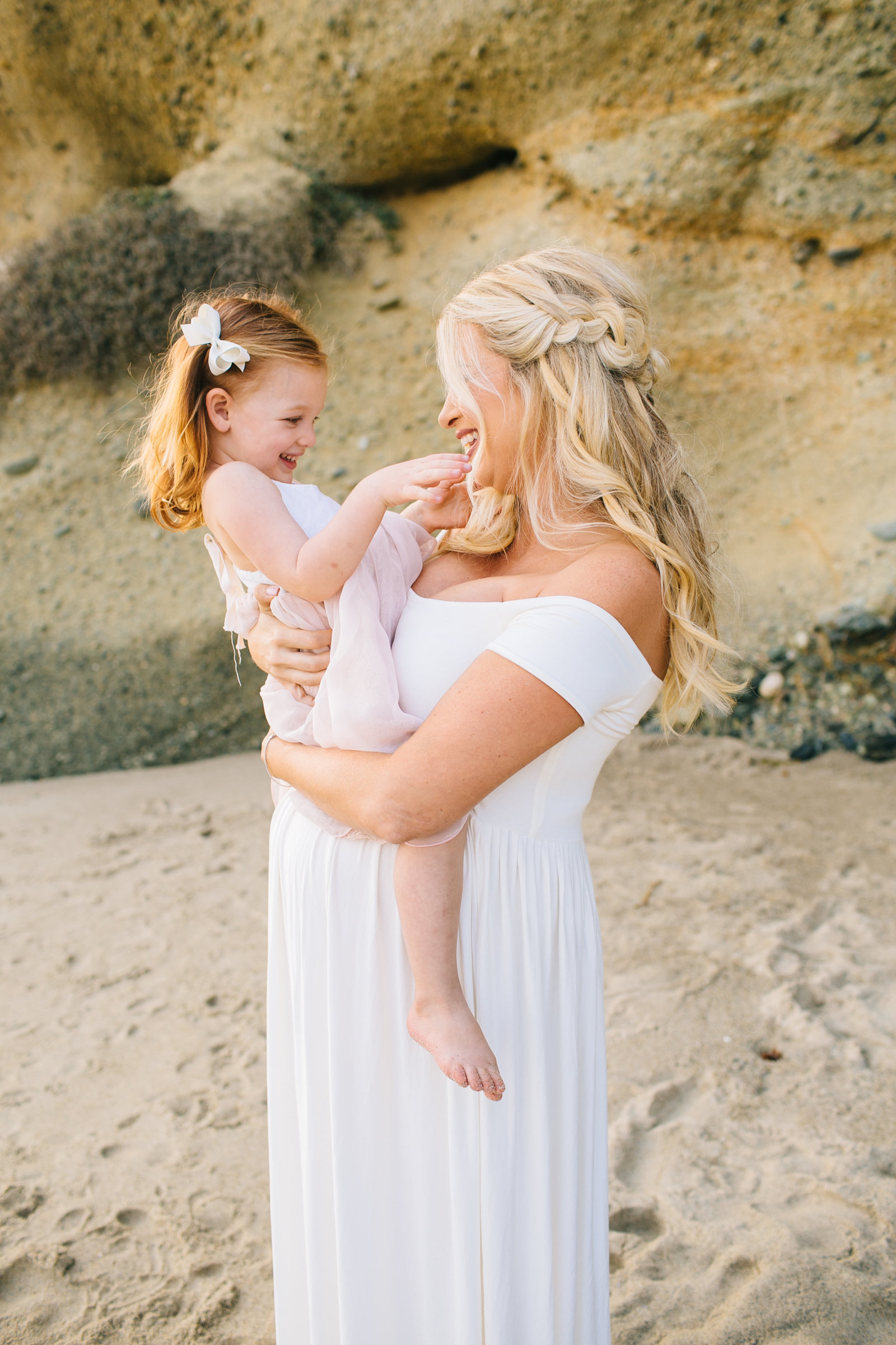Laguna-Beach-Maternity-Photos_19
