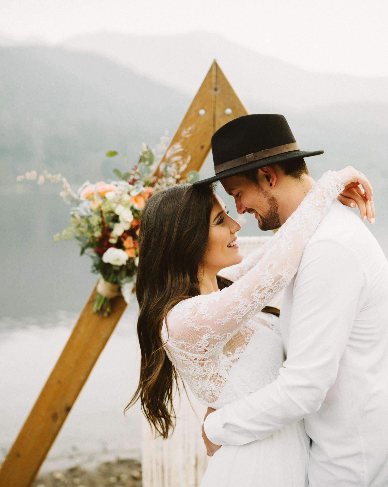 athena-and-camron-seattle-elopement-wedding-benj-haisch-rattlesnake-lake-christian-couple-goals66