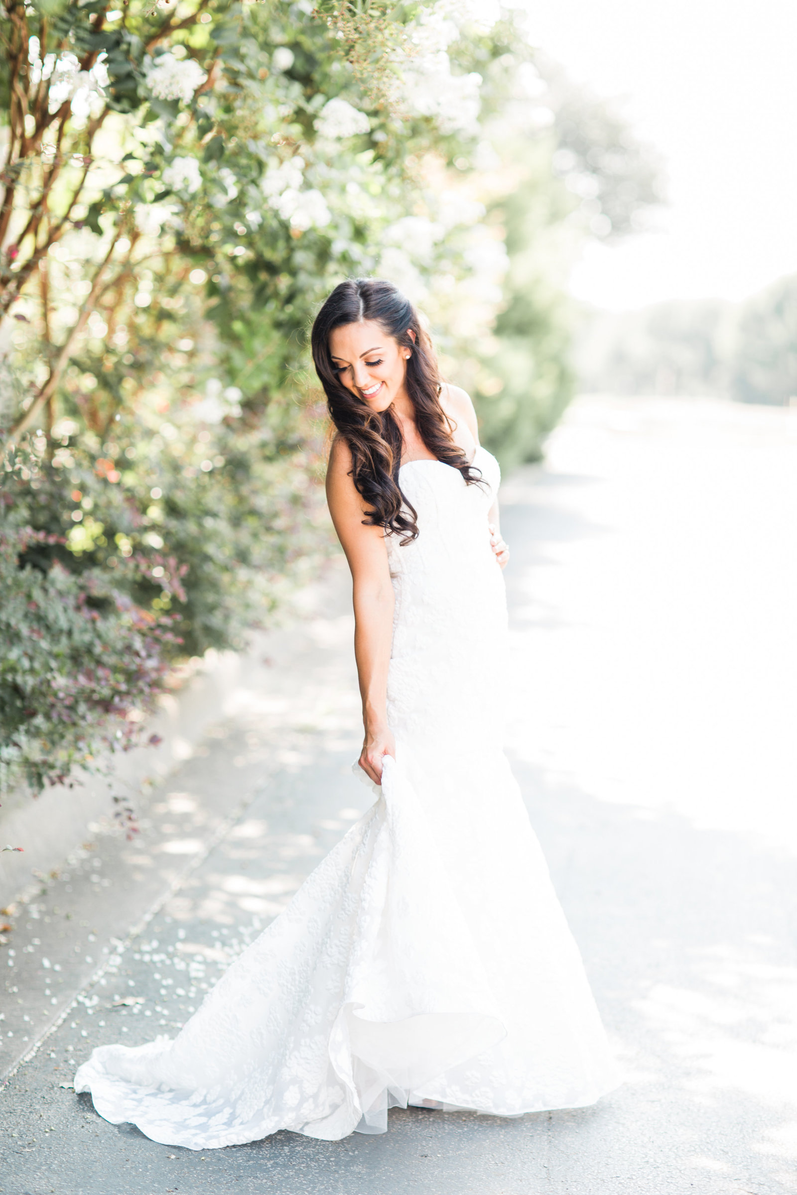 stunning bride in wedding gown outdoor wedding