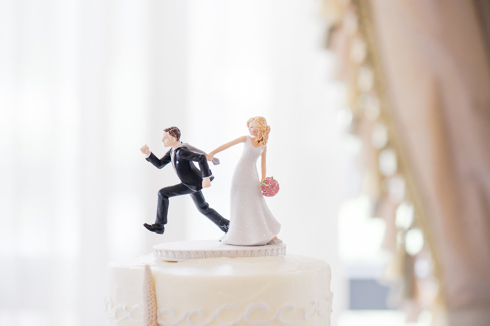 Running Cake Topper - Myacoo Country Club Wedding - Palm Beach Wedding Photography by Palm Beach Photography, Inc.