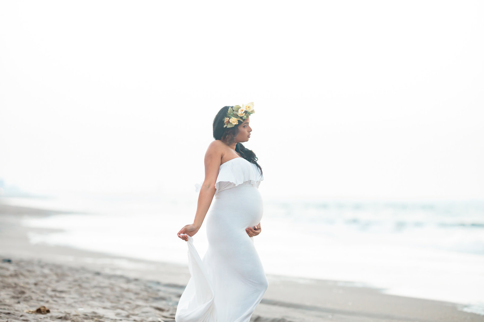 Dreamcatcher Rose Studios - maternity - coney island ny - gazing at ocean