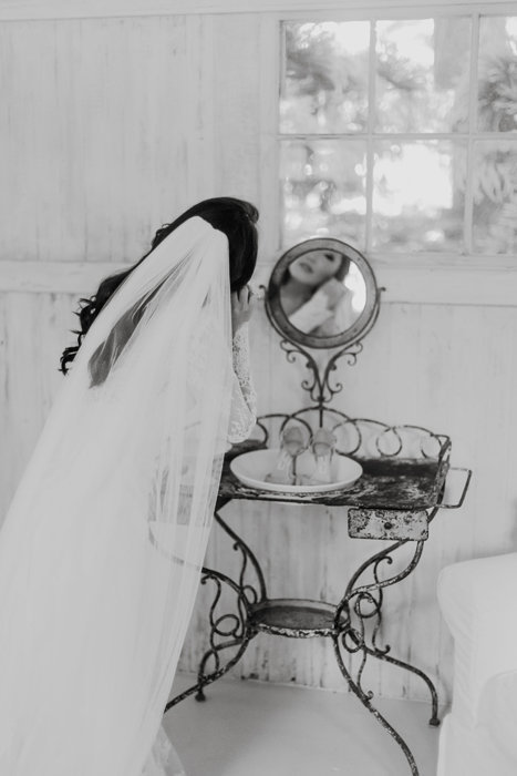 W0461_Haiku-Mill-wedding_Maui-Photographer_CaitlinCatheyPhoto_0019-b&w