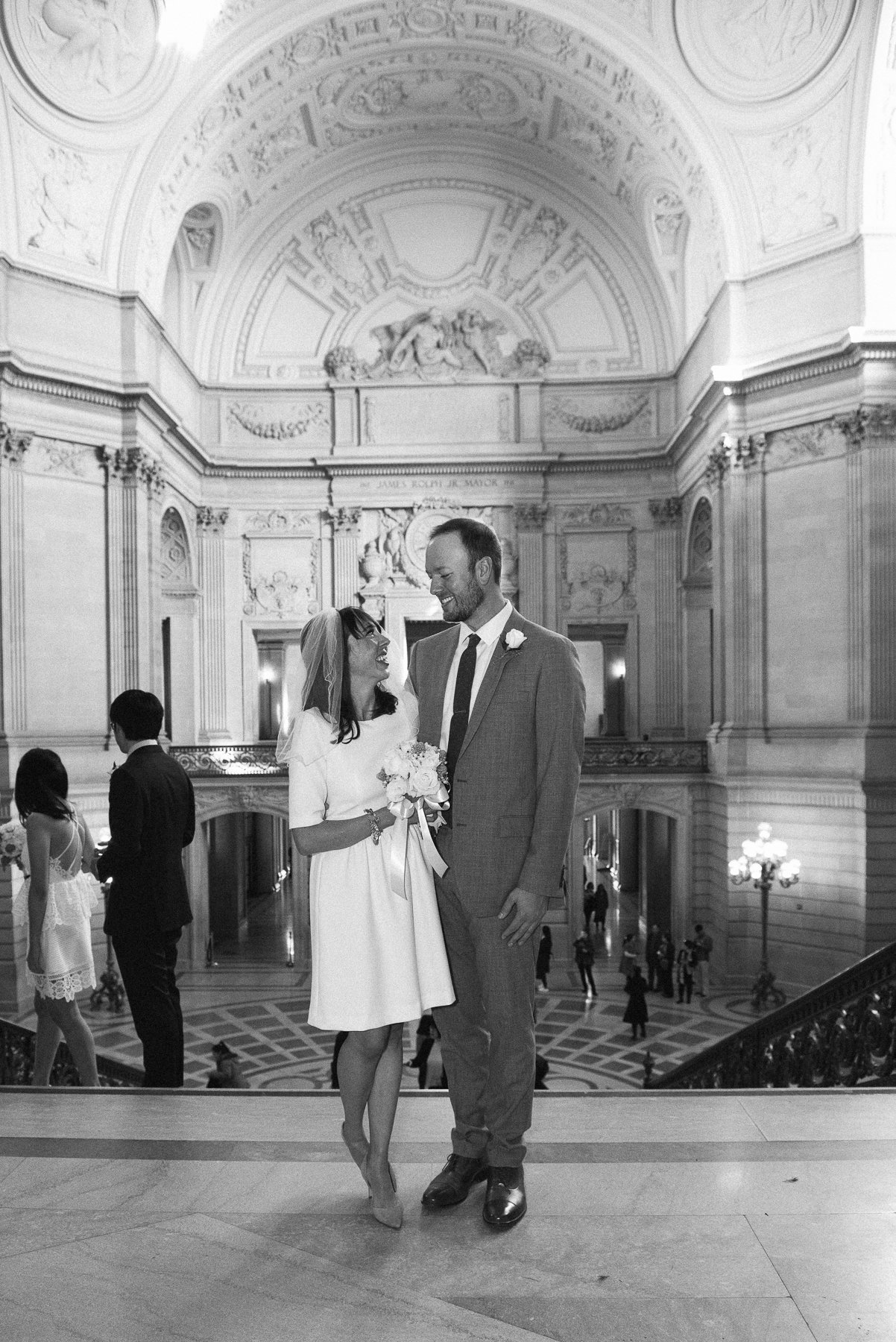 53-2MJ_1002-san-francisco-city-hall-wedding-michaela-joy-photography