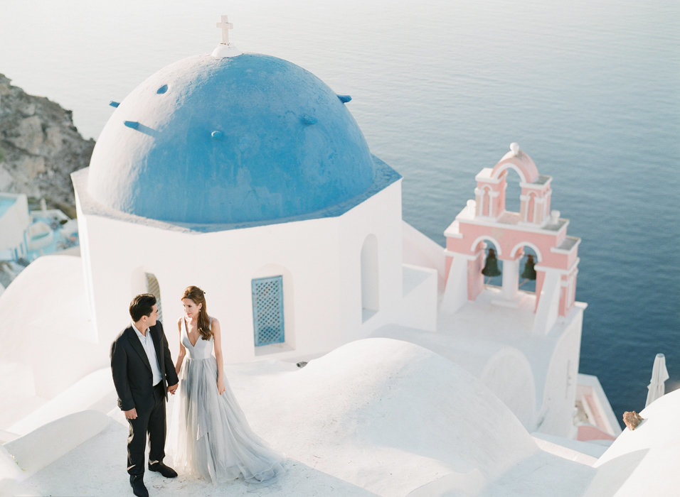 Molly-Carr-Photography-Paris-Film-Photographer-France-Wedding-Photographer-Europe-Destination-Wedding-Paris-Oia-Santorin-Greece-Wedding-Photography-43
