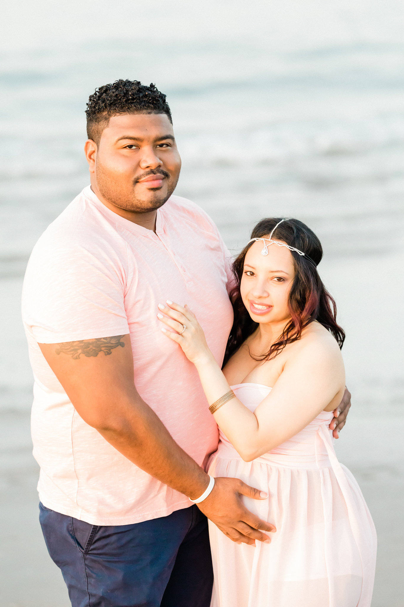 Dreamcatcher Rose Studios - Maternity - tall and short couple