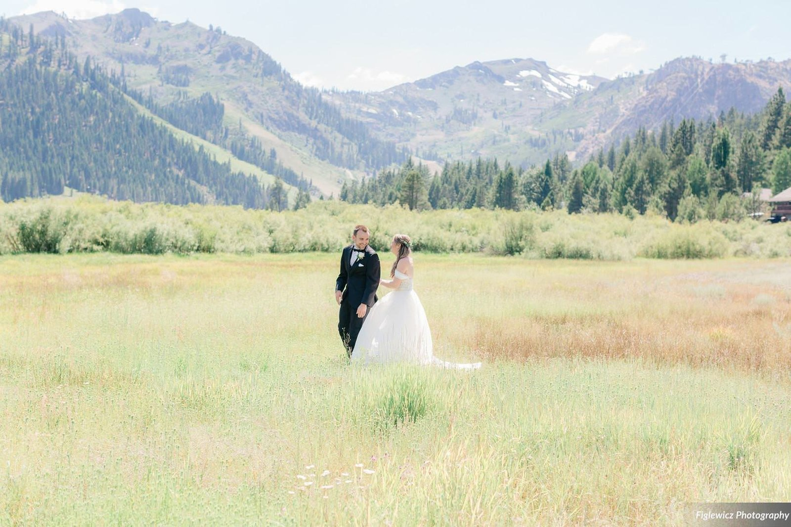 Garden_Tinsley_FiglewiczPhotography_LakeTahoeWeddingSquawValleyCreekTaylorBrendan00018_big