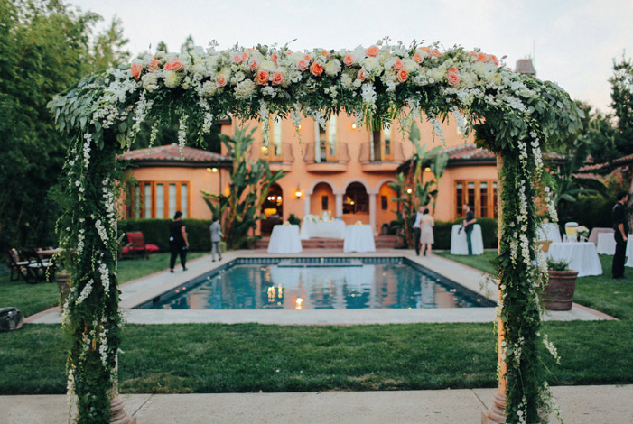 mansion estate california outdoor italian tuscan wedding 10