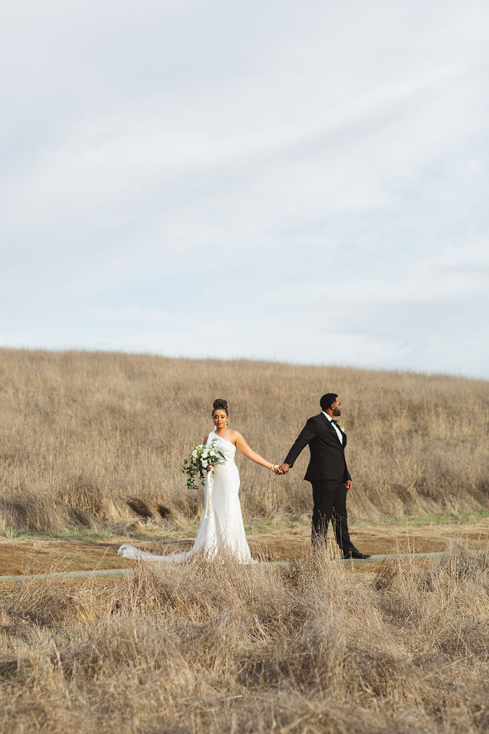 covid pandemic wedding in los altos hills with stunning black couple